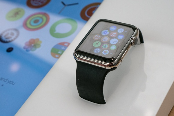 Cầm Apple Watch là gì?