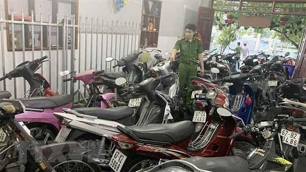 Cầm xe không giấy tờ là hành vi Pháp luật Việt Nam nghiêm cấm